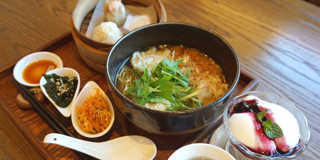 海老ワンタン麺ディナーセット