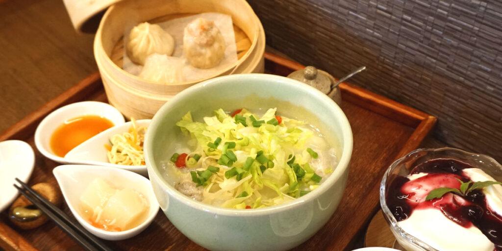 佐渡産トビウオのつみれと貝柱の中華粥ディナーセット